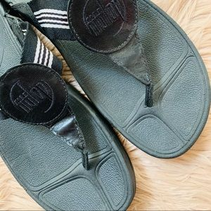 Fitflop Shoes - Fit Flop | Black & Light Pink Stripe Thong Sandal